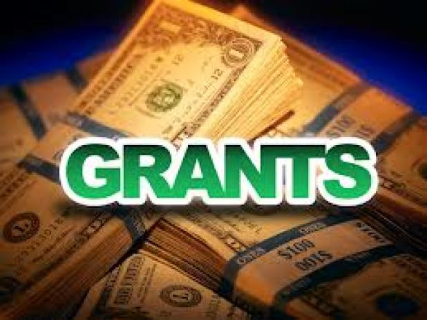 Grants and Scholarships for juniors